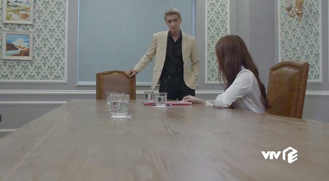 Tiệm ăn dì ghẻ - Tập 21: Phillip chơi xấu sau lưng khiến Ngọc, chef Dương phải nghỉ việc - Ảnh 2.
