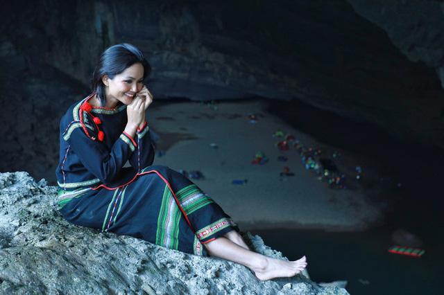 Chiêm ngưỡng bộ ảnh đặc biệt của Hoa hậu HHen Niê tại hang Sơn Đoòng - Ảnh 14.