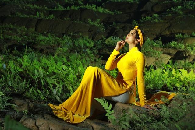 Chiêm ngưỡng bộ ảnh đặc biệt của Hoa hậu HHen Niê tại hang Sơn Đoòng - Ảnh 3.