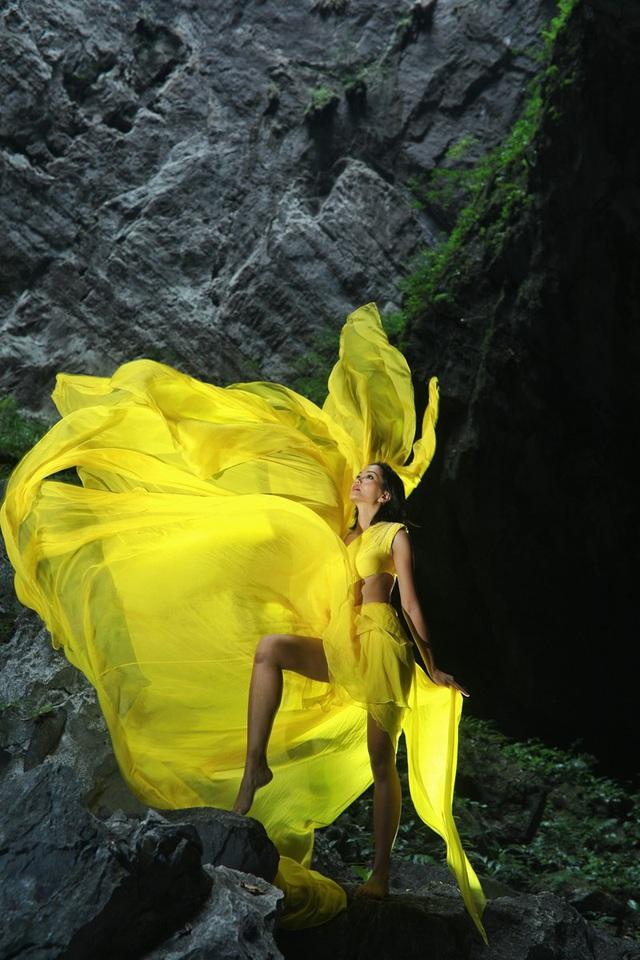 Chiêm ngưỡng bộ ảnh đặc biệt của Hoa hậu HHen Niê tại hang Sơn Đoòng - Ảnh 8.