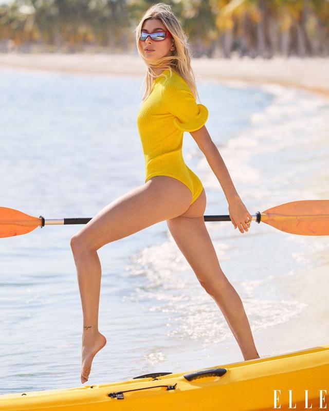 Vợ Justin Bieber thả dáng đẹp rạng ngời trên Elle - Ảnh 3.