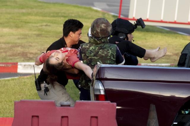Thái Lan: Thủ phạm vụ xả súng làm gần 60 người thương vong bị tiêu diệt - Ảnh 1.