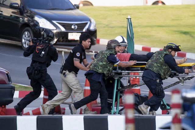 Thái Lan: Thủ phạm vụ xả súng làm gần 60 người thương vong bị tiêu diệt - Ảnh 3.