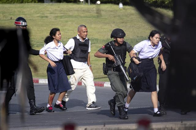 Thái Lan: Thủ phạm vụ xả súng làm gần 60 người thương vong bị tiêu diệt - Ảnh 5.