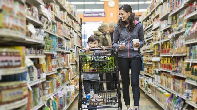 Khi người tiêu dùng Mỹ bắt đầu lo ngại COVID-19 - Ảnh 2.