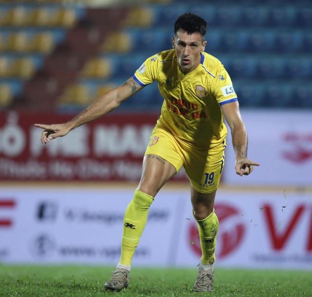 ẢNH: DNH Nam Định giành 3 điểm trước Hồng Lĩnh Hà Tĩnh - Ảnh 12.
