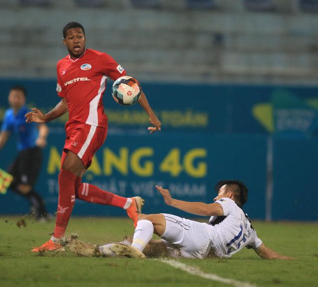 ẢNH: Viettel hòa Hoàng Anh Gia Lai trong trận cầu mưa bàn thắng - Ảnh 10.
