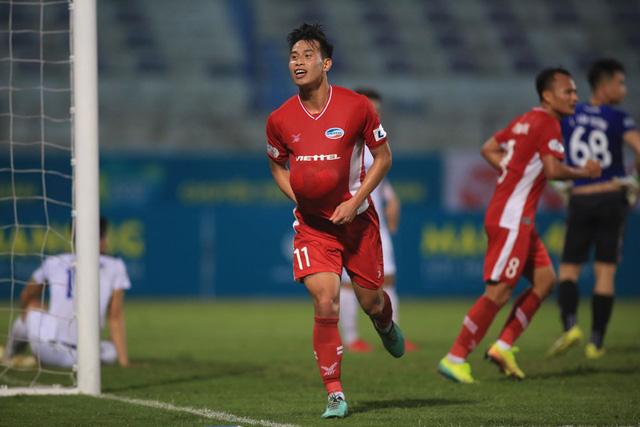 ẢNH: Viettel hòa Hoàng Anh Gia Lai trong trận cầu mưa bàn thắng - Ảnh 5.