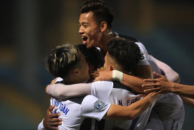 ẢNH: Viettel hòa Hoàng Anh Gia Lai trong trận cầu mưa bàn thắng - Ảnh 12.