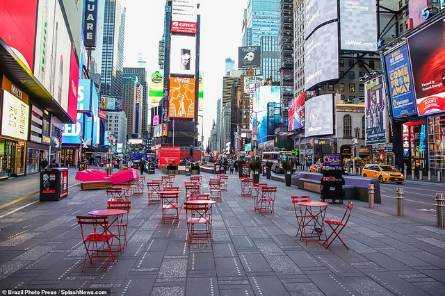 Thành phố không bao giờ ngủ New York (Mỹ) vắng vẻ trong mùa dịch COVID-19 - Ảnh 5.