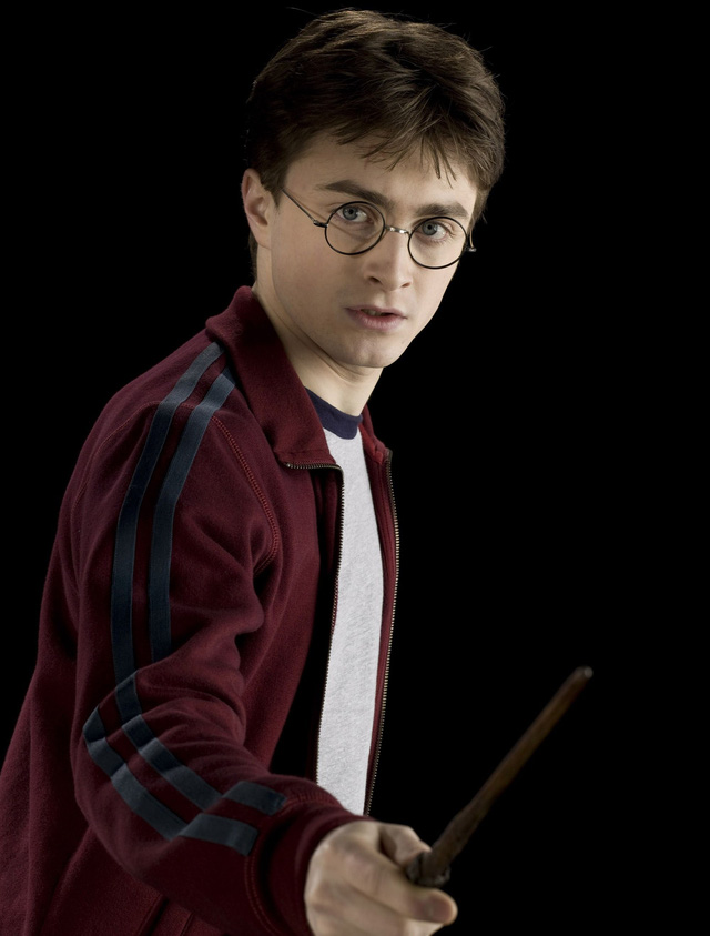 """Daniel Radcliffe: """"Harry Potter khiến tôi trở thành kẻ nghiện rượu"""" - Ảnh 1."""