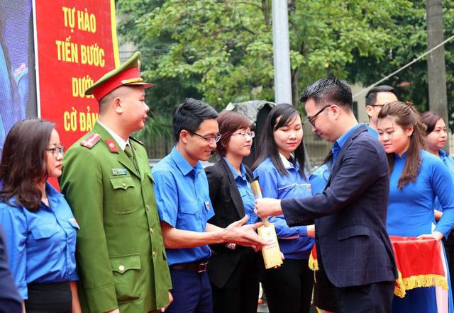 Cảm nhận truyền thống hào hùng trong Ngày đoàn viên của tuổi trẻ Thủ đô - Ảnh 1.