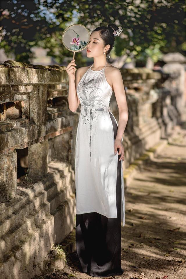 Người đẹp Tô Diệp Hà duyên dáng trong bộ ảnh áo dài - Ảnh 5.