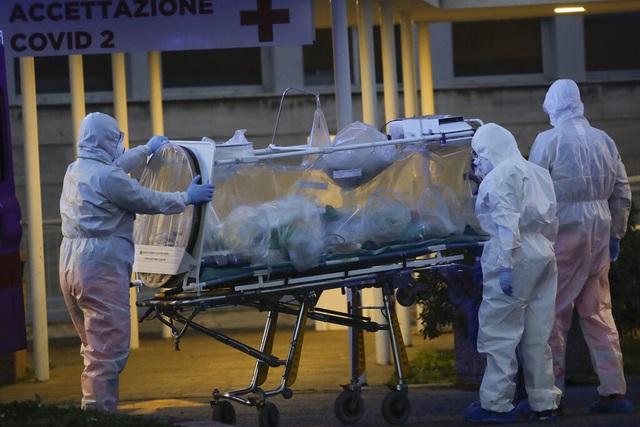 COVID-19 ngày 22/3: Ngày chết chóc tại Italy, người trẻ không bất khả chiến bại với dịch bệnh - Ảnh 1.