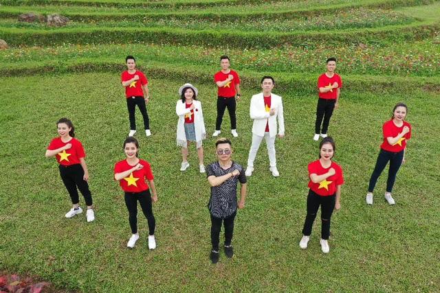 Ca khúc cổ vũ sức mạnh Việt Nam trước dịch COVID-19 - Ảnh 1.