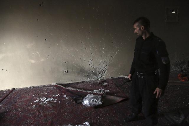 Tấn công ở Afghanistan khiến 25 người thiệt mạng và 8 người bị thương - Ảnh 7.