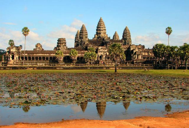 Ngành du lịch Campuchia bị ảnh hưởng nghiêm trọng vì dịch COVID-19 - Ảnh 1.