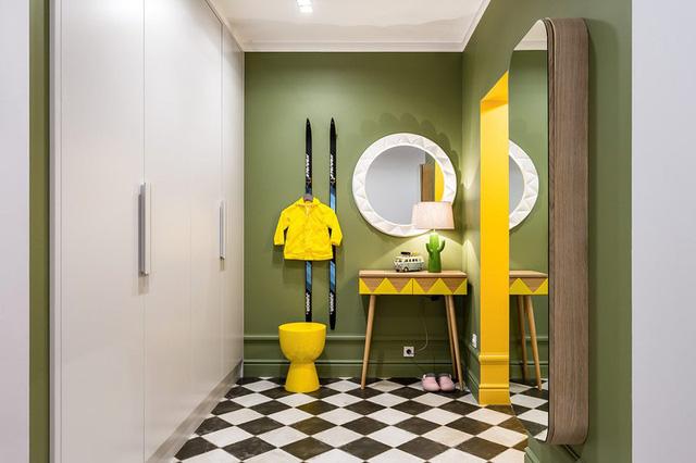 Ngôi nhà trang trí nội thất màu xanh và vàng lạ mắt - Ảnh 8.