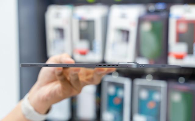 Trên tay iPad Pro 2020 mạnh hơn cả laptop, giá từ 26,9 triệu đồng - ảnh 4