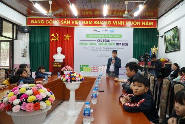 Chung tay chống dịch COVID-19, Bào tử lợi khuẩn Dr. ANH tặng quà tăng đề kháng cho làng trẻ em SOS Hà Nội - Ảnh 1.