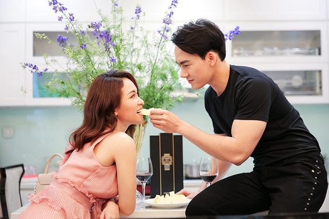 Hủy 21 show vì dịch COVID-19, Quang Hà quay MV tại căn nhà triệu đô của mình - Ảnh 3.