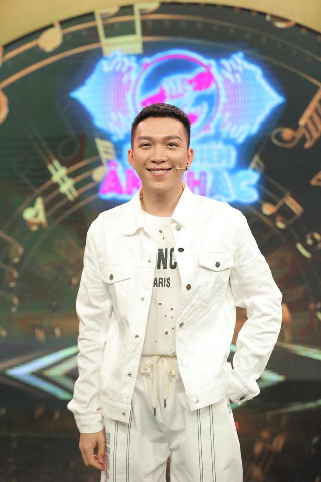 Dàn sao Đại chiến âm nhạc xuống tóc theo trend của ông chủ DanBam Park Seo Joon - Ảnh 2.