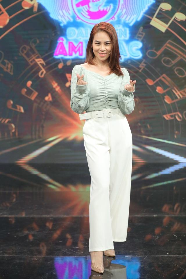 Dàn sao Đại chiến âm nhạc xuống tóc theo trend của ông chủ DanBam Park Seo Joon - Ảnh 4.