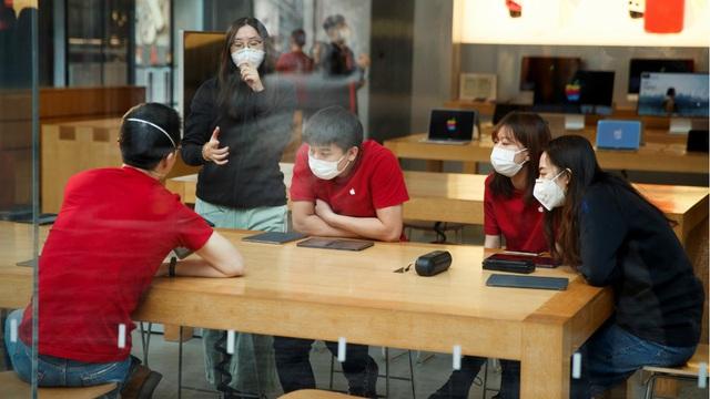 SỐC: Apple đóng cửa toàn bộ Apple Store trên thế giới, trừ Trung Quốc - Ảnh 2.