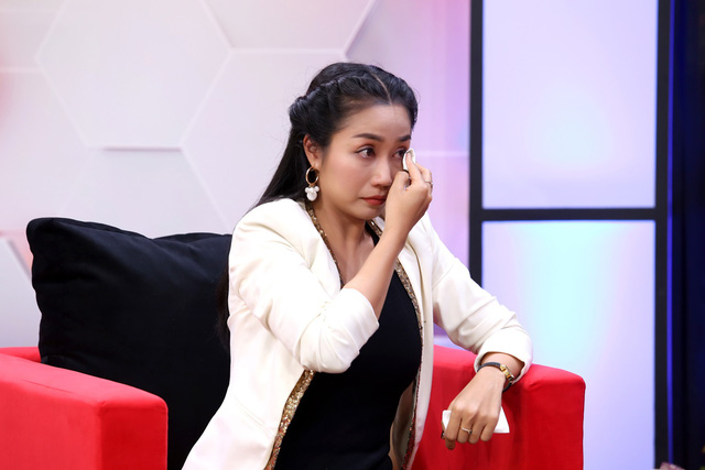 """Nhạc sĩ Nguyễn Văn Chung nghẹn ngào nghĩ đến ngày """"trả con gái nuôi về với mẹ ruột"""" - Ảnh 4."""