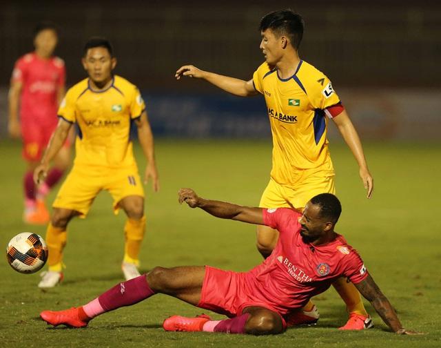 CLB Sài Gòn 0-0 Sông Lam Nghệ An: Những khoảnh khắc đáng nhớ (Vòng 1 LS V.League 2020) - Ảnh 11.