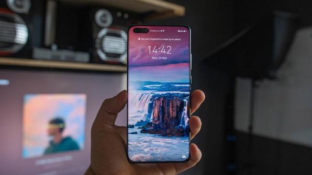 Huawei thừa nhận khó sống với lệnh cấm từ Chính phủ Mỹ - Ảnh 2.