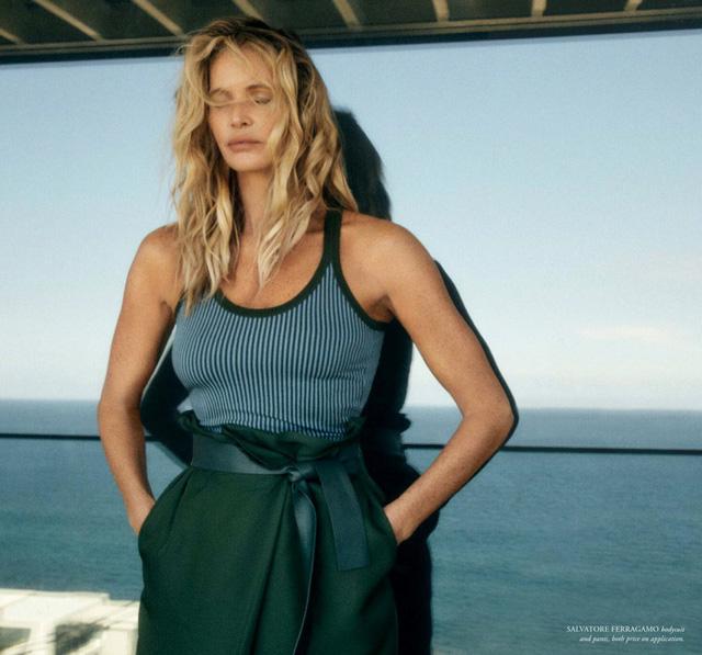Ở tuổi 56, Elle Macpherson khiến các cô gái ghen tỵ vì thân hình quá chuẩn - Ảnh 6.