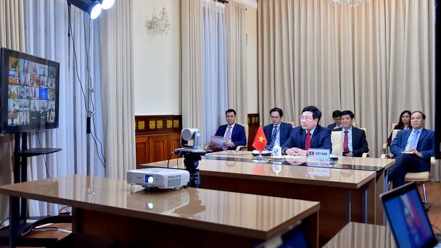 Phó Thủ tướng Phạm Bình Minh nêu 4 đề xuất để cộng đồng quốc tế ứng phó hiệu quả với COVID-19 - Ảnh 1.
