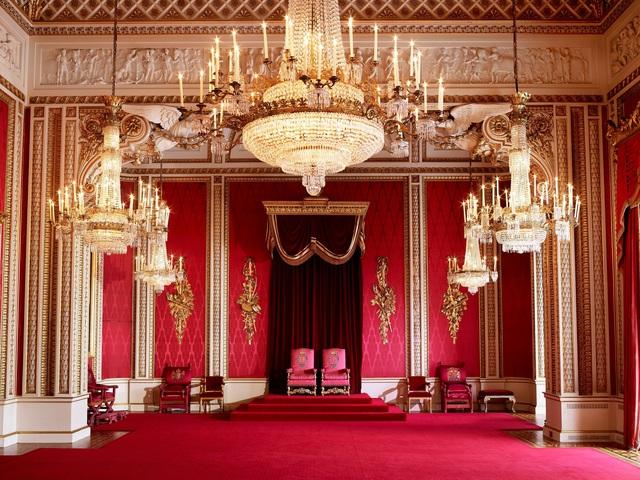 Choáng ngợp trước những căn phòng lộng lẫy trong Cung điện Hoàng gia Anh - Ảnh 3.