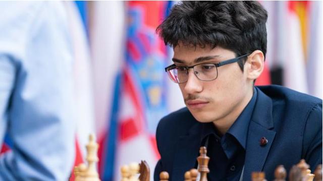Giải cờ vua Magnus Carlsen Invitational 2020: Magnus Carlsen dẫn đầu, Firouzja gây thất vọng - Ảnh 1.