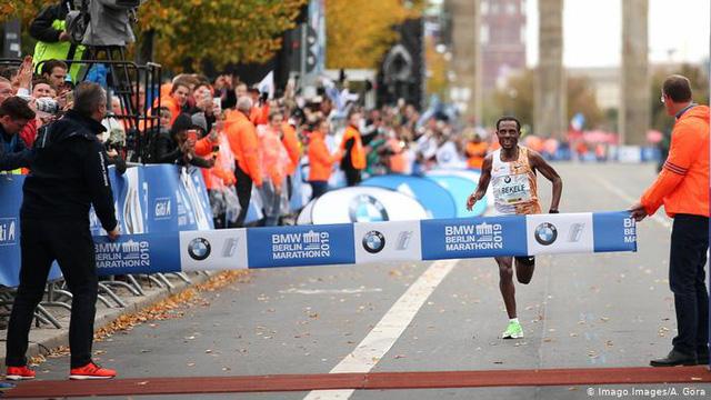 Berlin Marathon 2020 tạm hoãn vì COVID-19 - Ảnh 1.