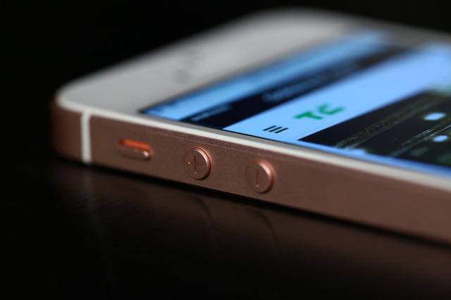 iPhone SE 2016: Nó mang lại 1 cảm xúc đặc biệt khi sử dụng, nó là chiếc iPhone hoàn hảo nhất - Ảnh 2.