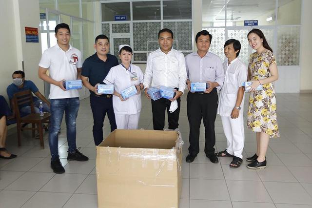 Công ty Cổ phần Samaki Power trao tặng 18.000 khẩu trang tới quận Hoàng Mai, Hà Nội - Ảnh 3.