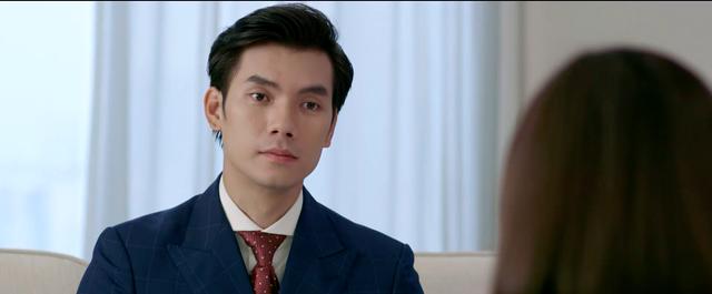 Tình yêu và tham vọng - Tập 5: Bất chấp việc có thể bị Linh đâm sau lưng, Minh vẫn tuyển về Hoàng Thổ - Ảnh 1.