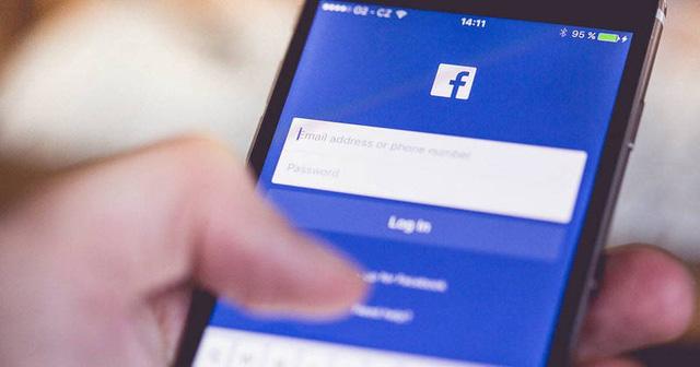 Cần làm gì để lướt Facebook an toàn trong mùa dịch COVID-19? - Ảnh 1.
