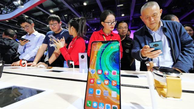 Gần 40% người dùng Trung Quốc hoãn mua smartphone mới vì COVID-19 - ảnh 1