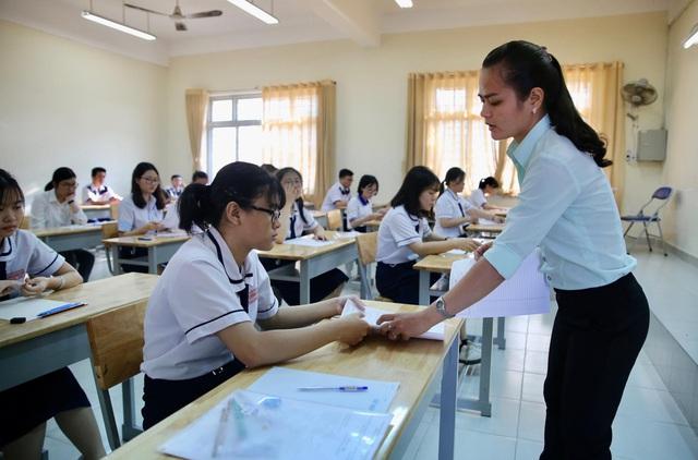 TP.HCM bố trí phòng thi riêng cho thí sinh tiếp xúc gần với bệnh nhân trở về từ Đà Nẵng - Ảnh 1.