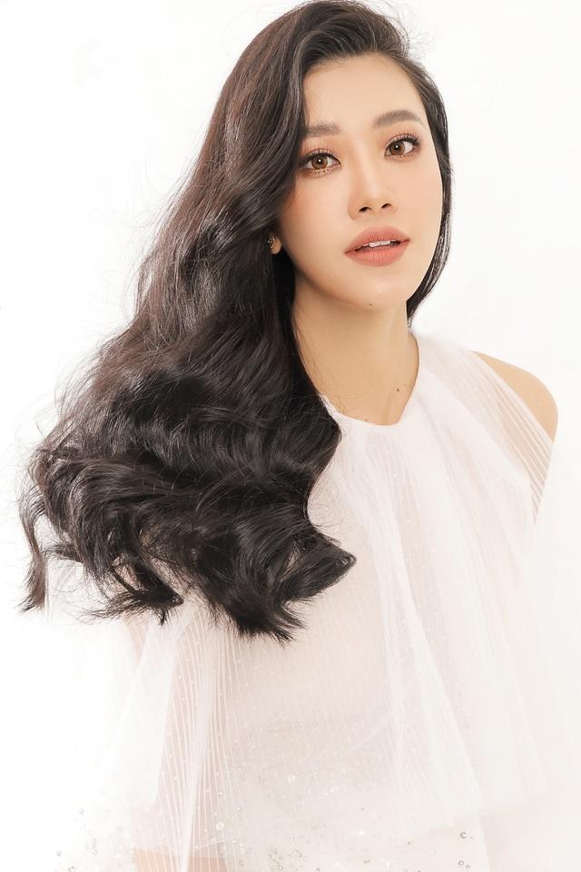 Á hậu Kim Duyên tiết lộ tăng... 10kg - Ảnh 4.