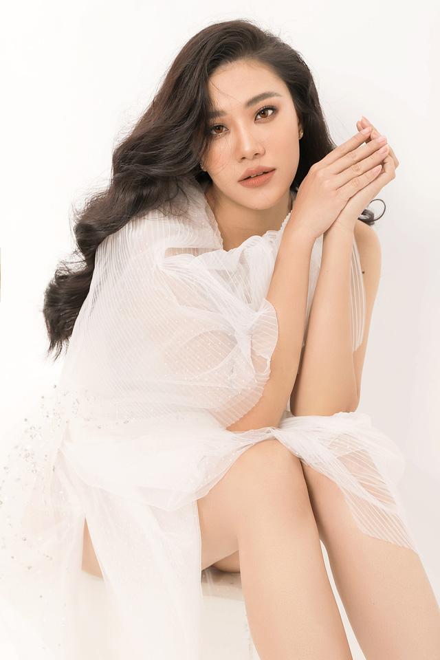 Á hậu Kim Duyên tiết lộ tăng... 10kg - Ảnh 2.