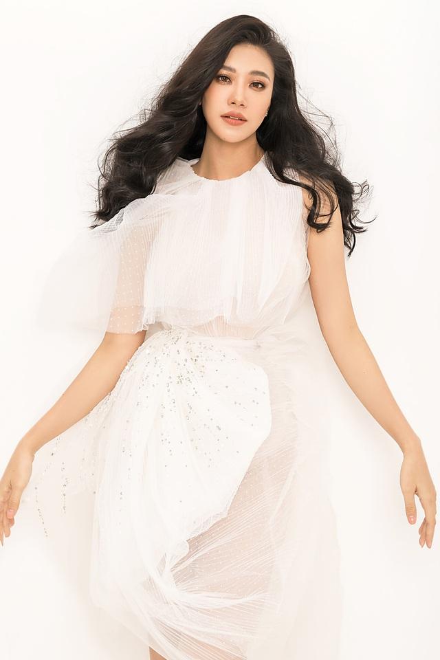 Á hậu Kim Duyên tiết lộ tăng... 10kg - Ảnh 8.