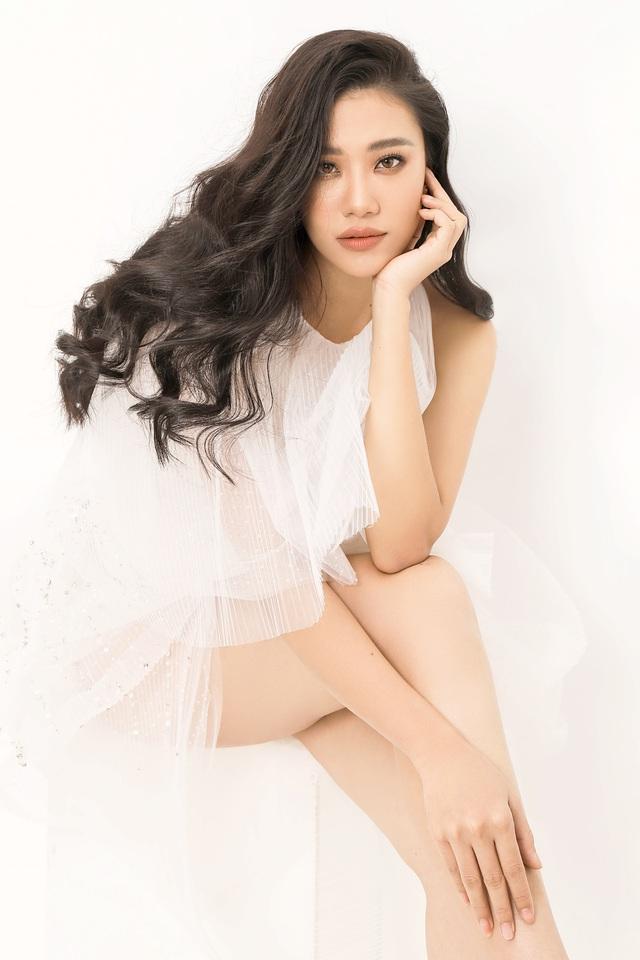 Á hậu Kim Duyên tiết lộ tăng... 10kg - Ảnh 3.