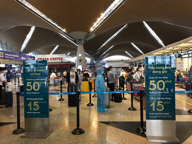 Hơn 270 công dân Việt Nam từ Malaysia về nước an toàn  - Ảnh 2.