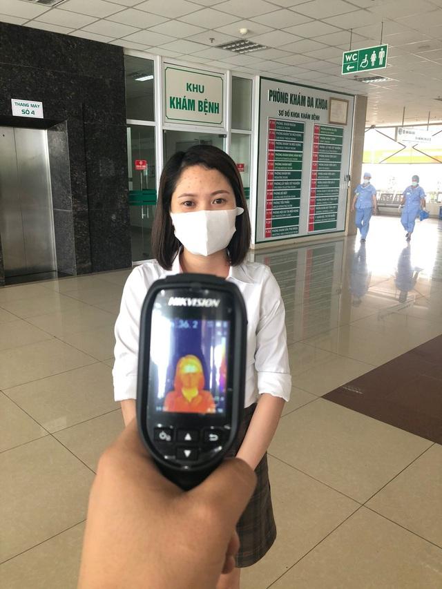 Bệnh viện Bệnh Nhiệt đới Trung ương trang bị hệ thống camera đo thân nhiệt từ xa - Ảnh 3.