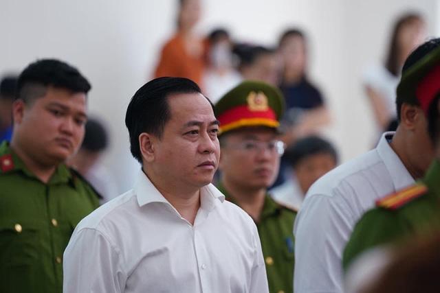 Bác kháng cáo kêu oan của 2 cựu chủ tịch Đà Nẵng và Phan Văn Anh Vũ - Ảnh 4.