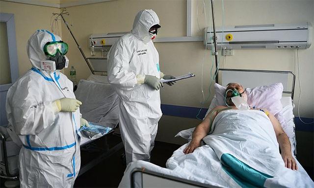 Số ca nhiễm tăng đều, Nga điều chỉnh các biện pháp chống COVID-19 - Ảnh 2.